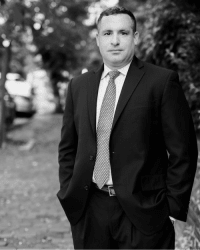 Top Rated White Collar Crimes Attorney in Alexandria, VA : David J. Dischley