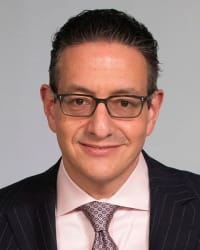 Top Rated Real Estate Attorney in Garden City, NY : Robert S. Grossman