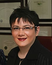 Top Rated Immigration Attorney in Beverly Hills, CA : Anna Darbinian