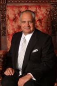 Top Rated Family Law Attorney in Williston Park, NY : Anthony A. Capetola