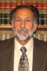 Top Rated Family Law Attorney in Lake Success, NY : Barton R. Resnicoff