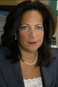Top Rated Family Law Attorney in Garden City, NY : Elena L. Greenberg