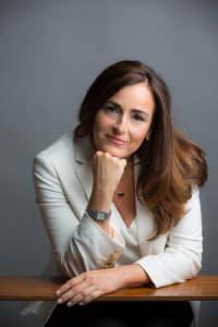 Top Rated White Collar Crimes Attorney in Sacramento, CA : Candice L. Fields