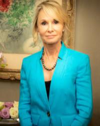 Photo of Cynthia Chihak