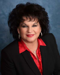 Photo of Tracey L. Dellacona